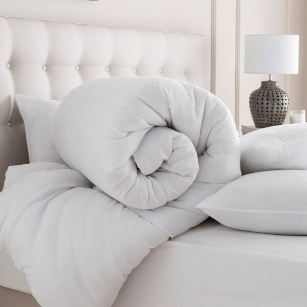 quilt_cover_bed